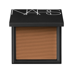 NARS All Day Luminous Powder Foundation SPF 25/PA+++ Med/Dark 4 Macao