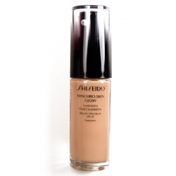 SHISEIDO Synchro Skin Glow Luminizing Fluid Foundation SPF 20 Neutral 4 30 ml