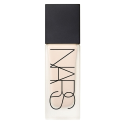 NARS All Day Luminous Weightless Foundation Light 2 Mont Blanc 30 ml