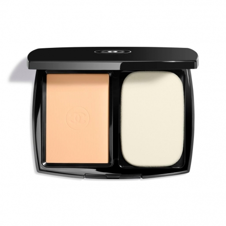 CHANEL Le Teint Ultra Fondo Maquillaje Compacto 30 Beige